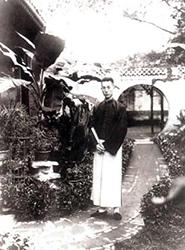 30年代初,张伯驹先生在西皇城根旧居。1948年因购买《游春图卷》被迫将此宅院出售。